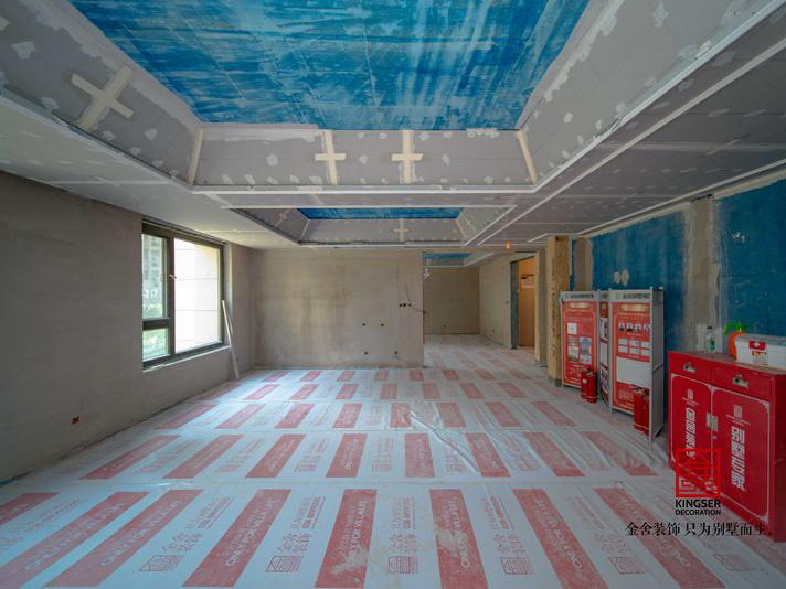 荣盛华府400平米洋房装修瓦工阶段