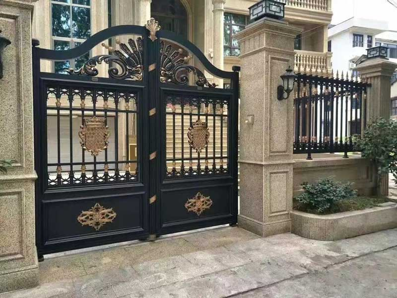 别墅装修大门风水学说法 别墅装修大门用哪种材质好